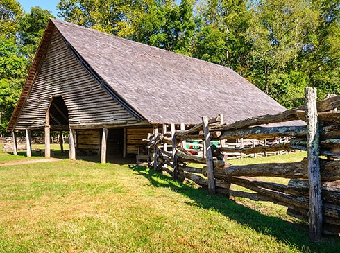 Historic barn at Oconaluftee Mountains Farm Museum, Great Smoky Mountains National Park